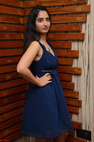 Radhika Mehrotra in a Deep neck Sleeveless Blue Dress at Mirchi Music Awards South 2017 ~  Exclusive Celebrities Galleries 039.jpg