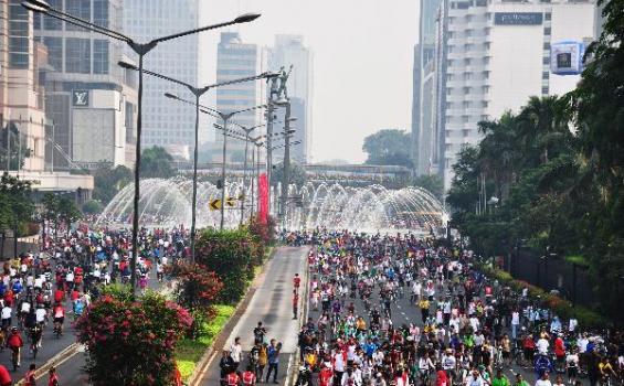 Warga dan PKL Dukung Penataan Kawasan Car Free Day Jakarta