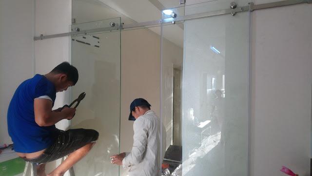 Sửa cửa cửa kính tân bình