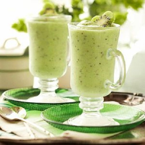 How to make kiwi juice with milk
