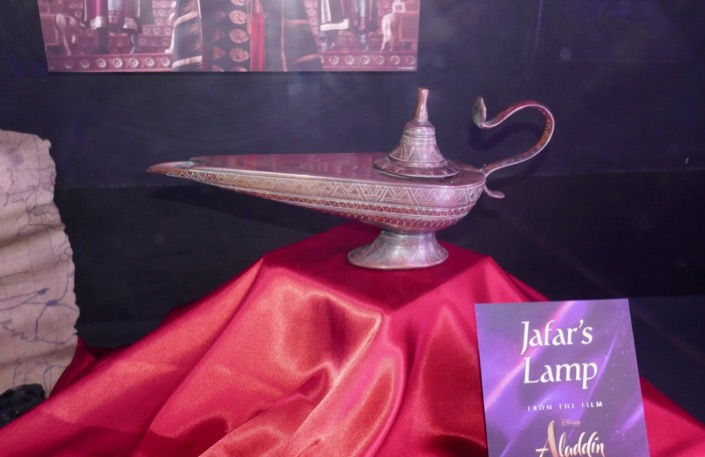 Jafar Magic lamp prop Aladdin