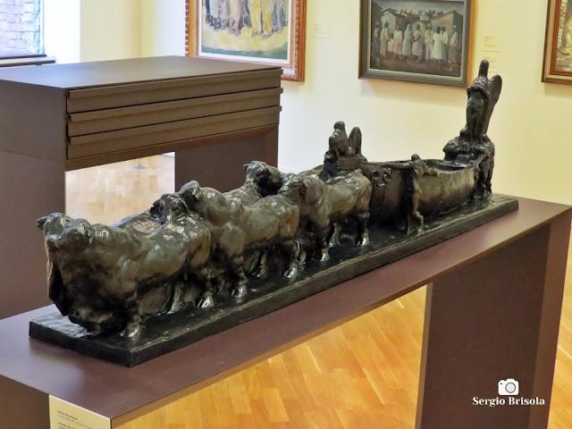Close-up da Escultura Barca - Templo de Minha Raça - Pinacoteca de SP - Luz