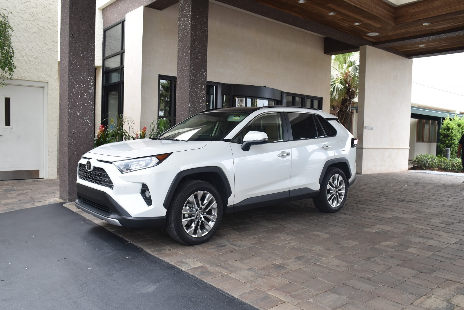 2019 Toyota RAV4 in Destin Florida