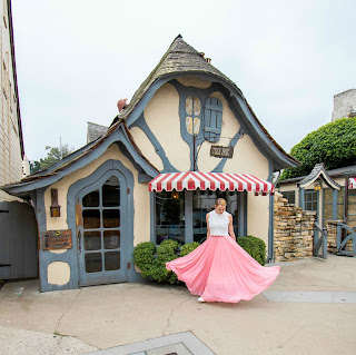 fairytale cottage tea time
