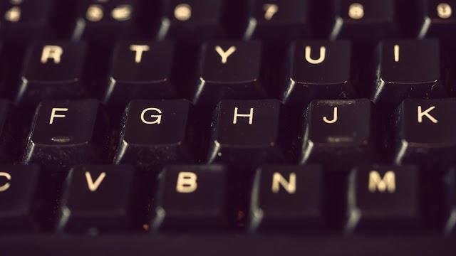 What is Keyboard in computers in marathi | किबोर्ड म्हणजे काय? | किबोर्ड मध्ये किती बटणे असतात?