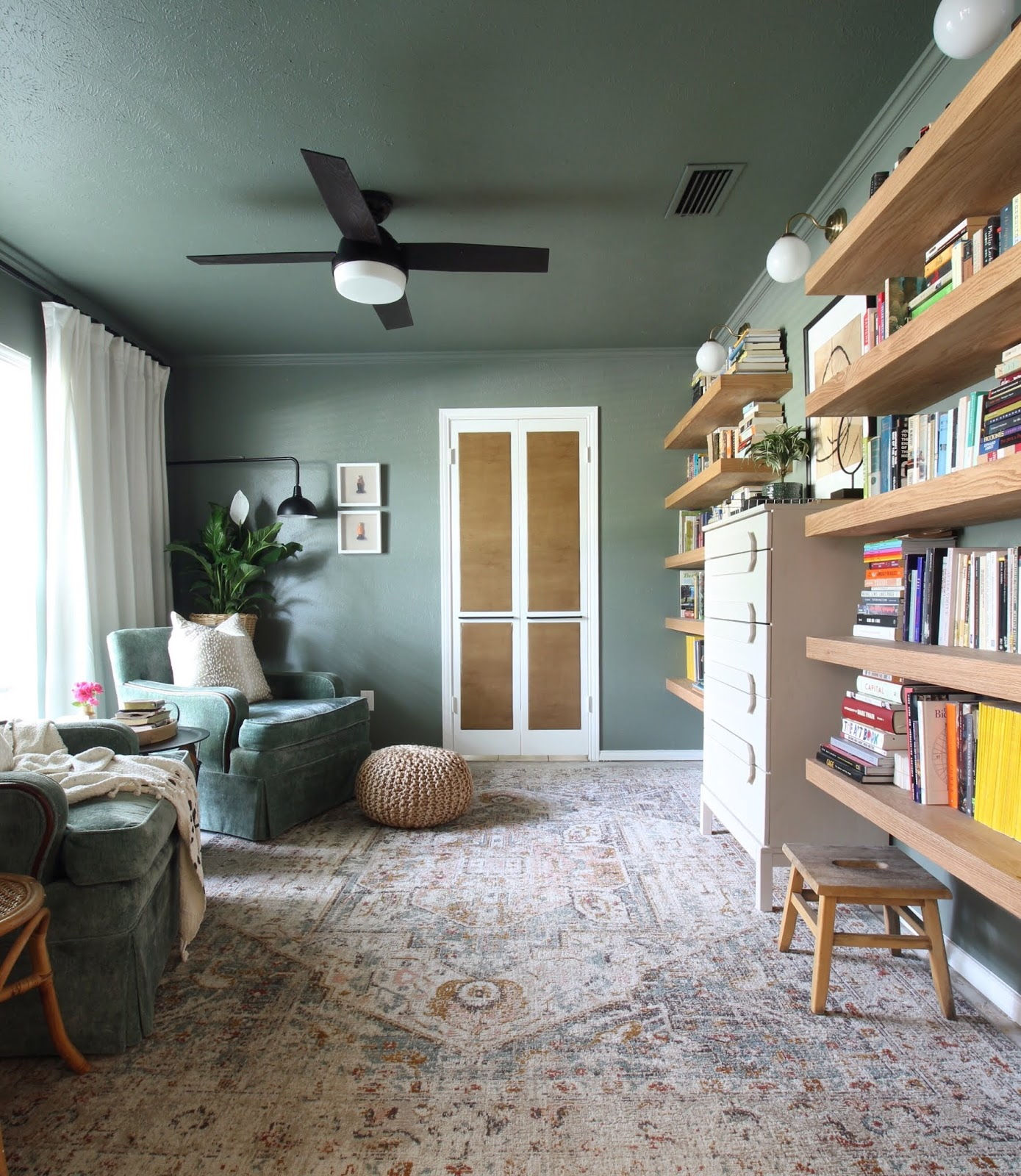 Something different late fall home tour reading room | House Homemade