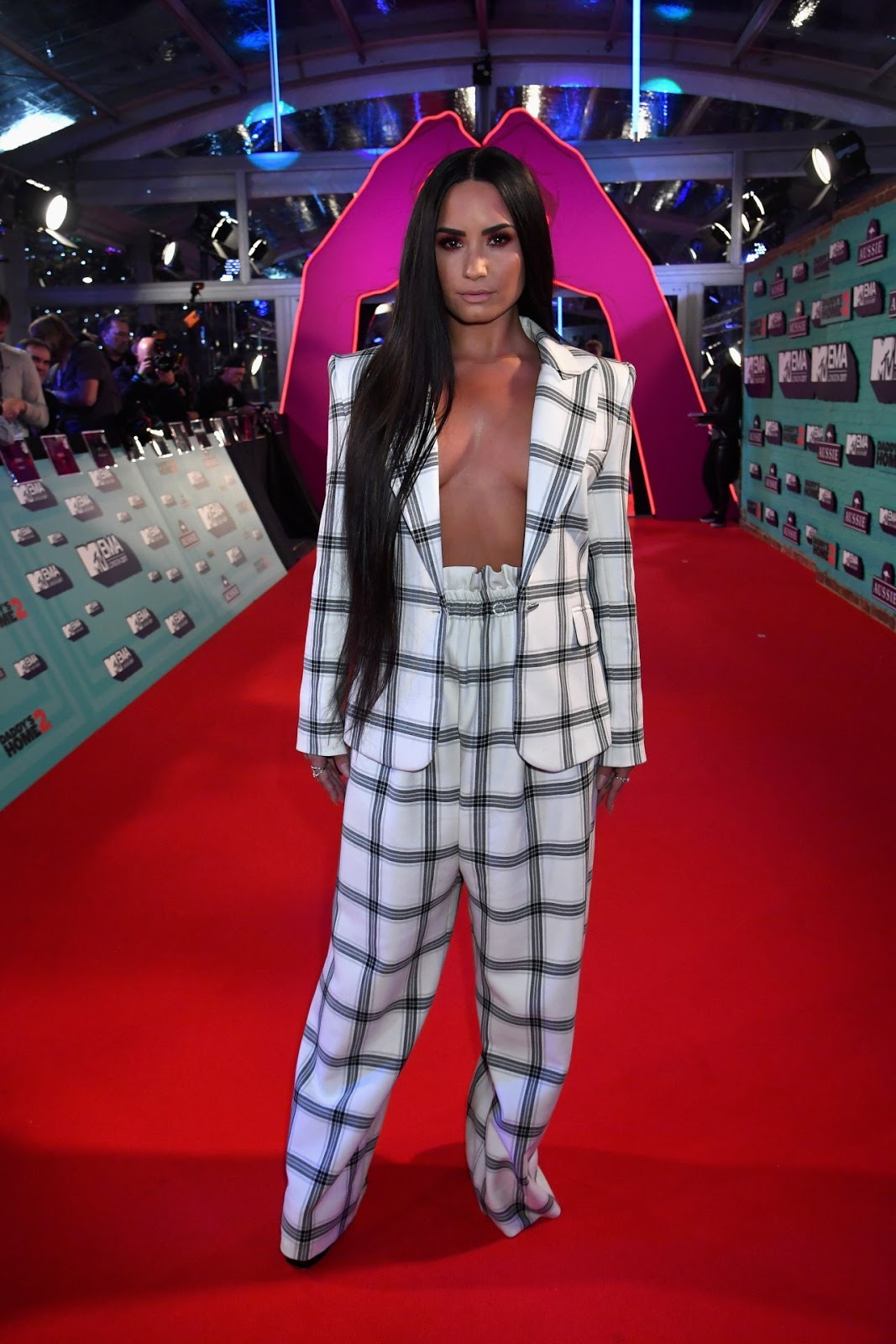 Demi Lovato – MTV Europe Music Awards in London