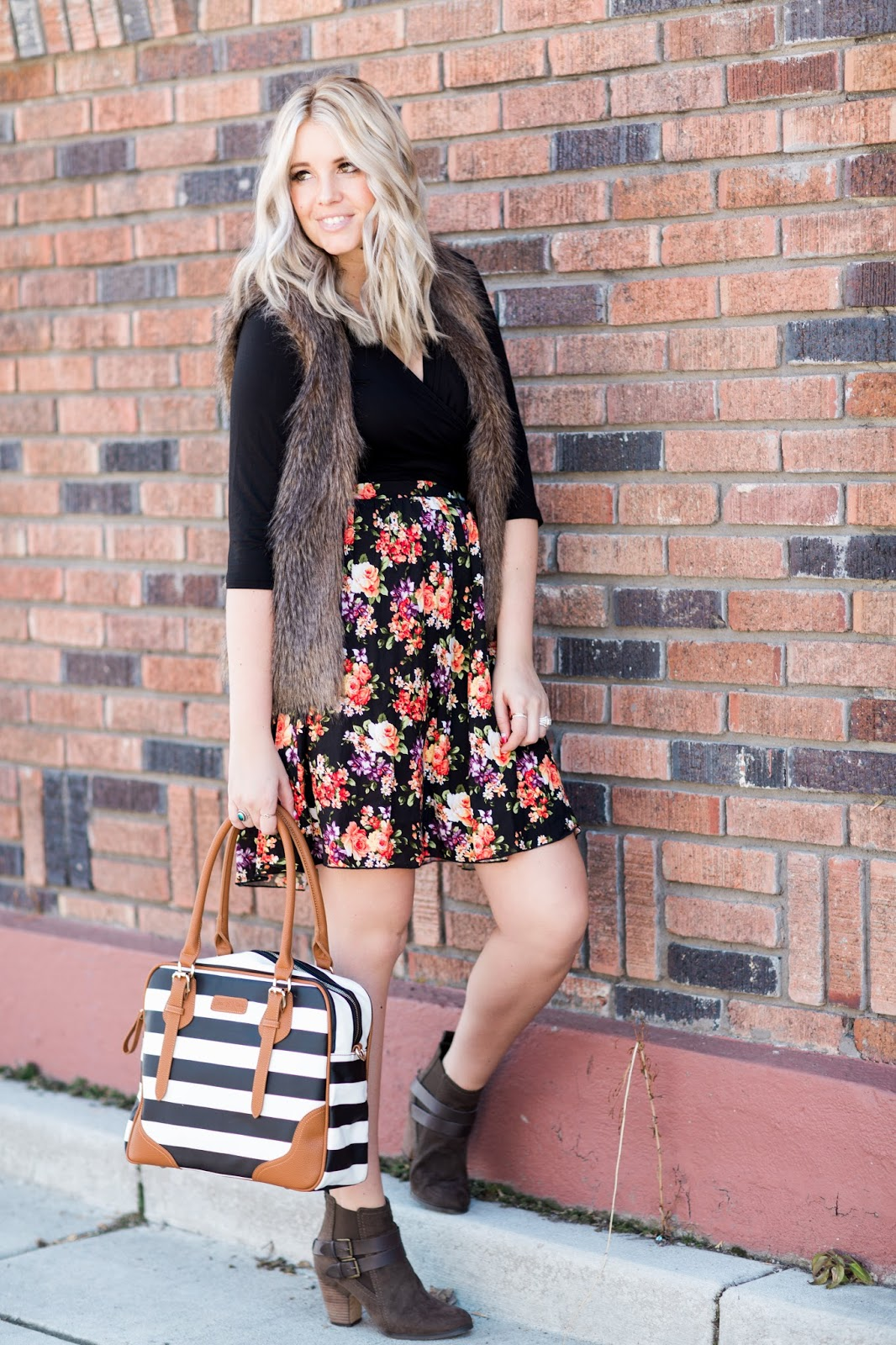 Udderly Hot Mama, Utah Fashion blogger, Nursing outfit