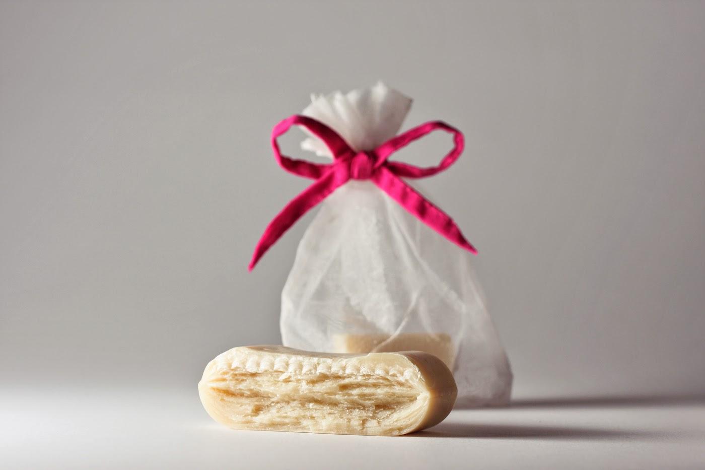 http://emilla.hu/spd/185/Emilla-termeszetes-folttisztito-szappan---Emilla-N
