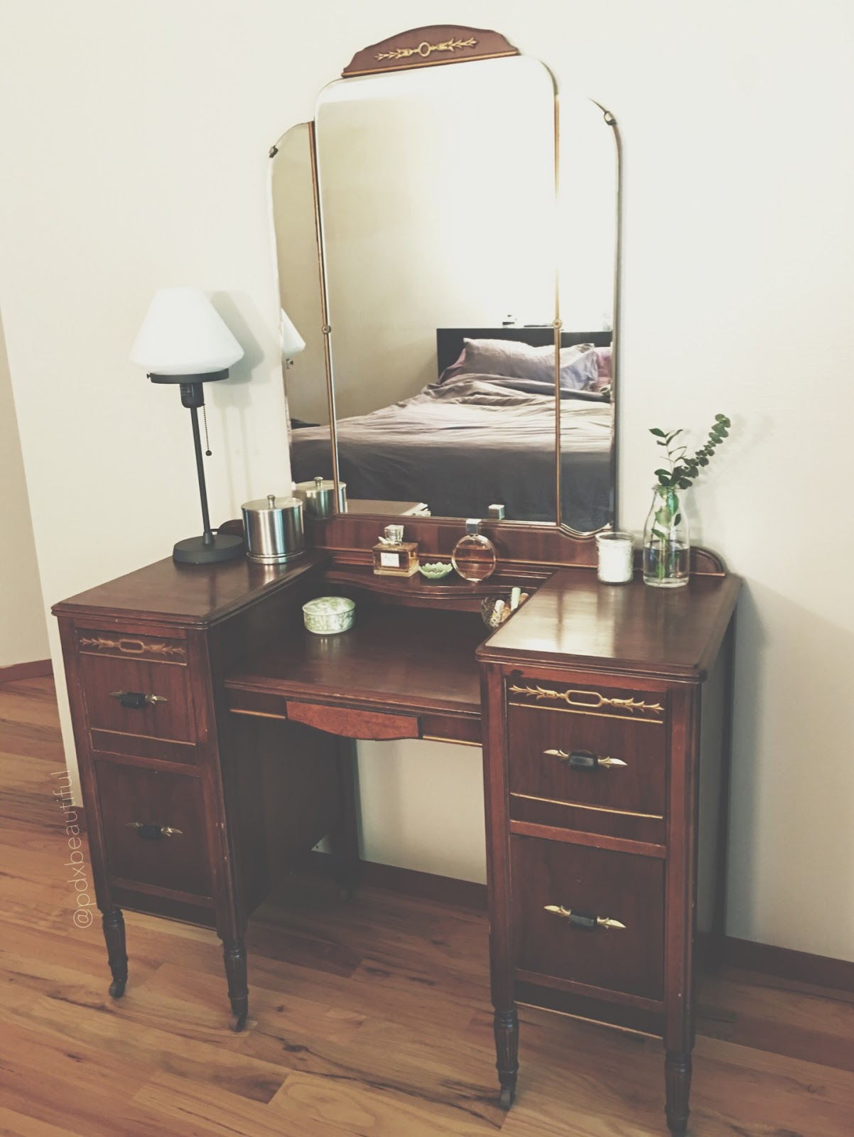 Want To See My Vanity Table  Pdxbeautiful-3050
