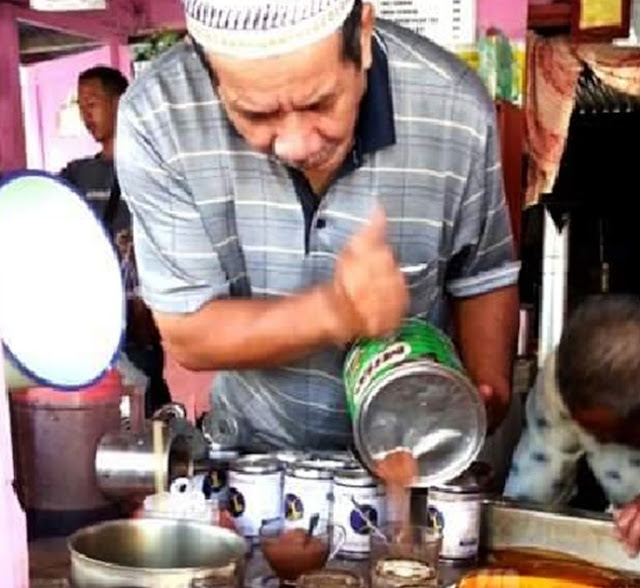 Milo Tunggeng dan Air Batu Campur Durian, Minuman Khas Malaysia