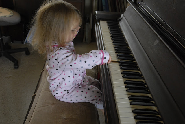 Granddaughter at the piano: LadyD Books