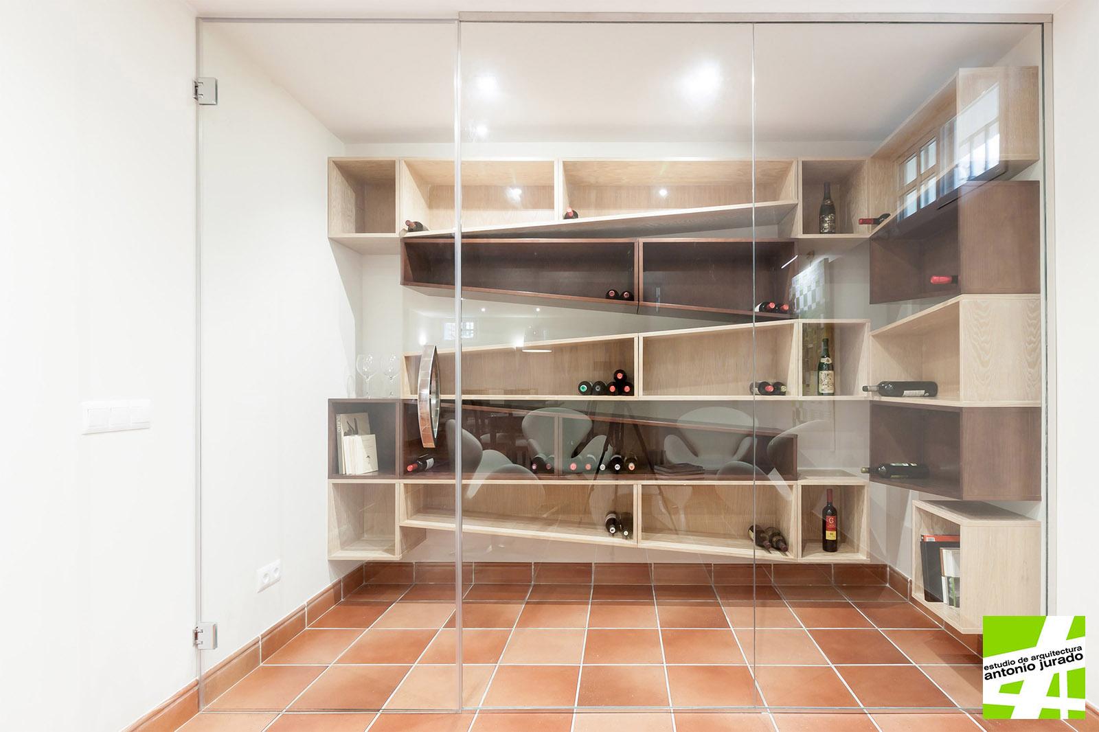 diseño-mobiliario-bodega-interiorismo-vivienda-torrox-park-malaga-antonio-jurado-arquitecto-02