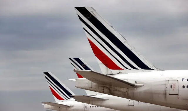 France wants to ban some domestic flights to reduce carbon emissions
