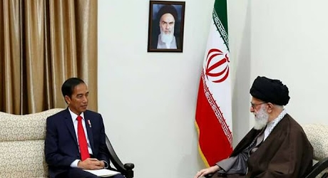 Ayatollah Khamenei: Barat Berusaha Dominasi Negara-negara Muslim