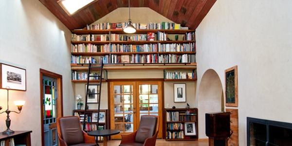 Tips Dekorasi Interior Ruangan dengan Atap Tinggi