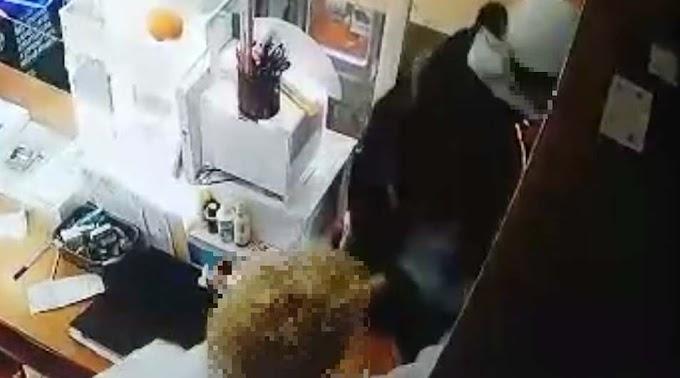 Két boltot is kirabolt a megyeszékhelyen, meghosszabbították a letartóztatását