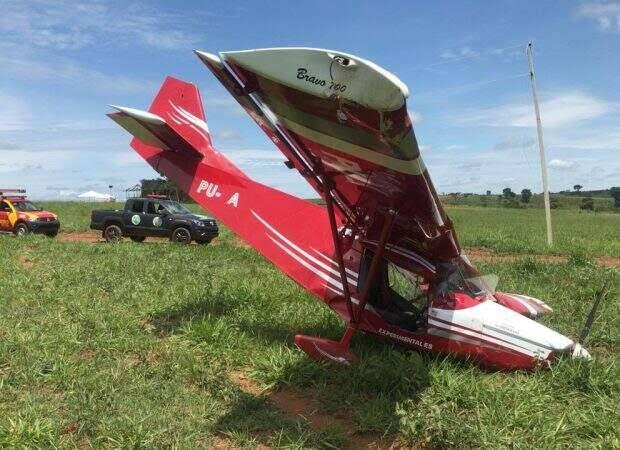 Bonfinópolis: Avião com duas pessoas cai na zona rural