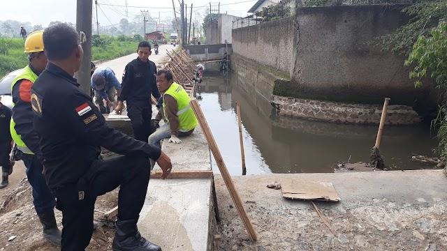 Minimalisir Banjir, Penambahan Tinggi Tanggul di Sungai Kalimalang Selesai Akhir Desember
