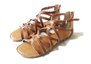 Steve Madden sandals in Tan