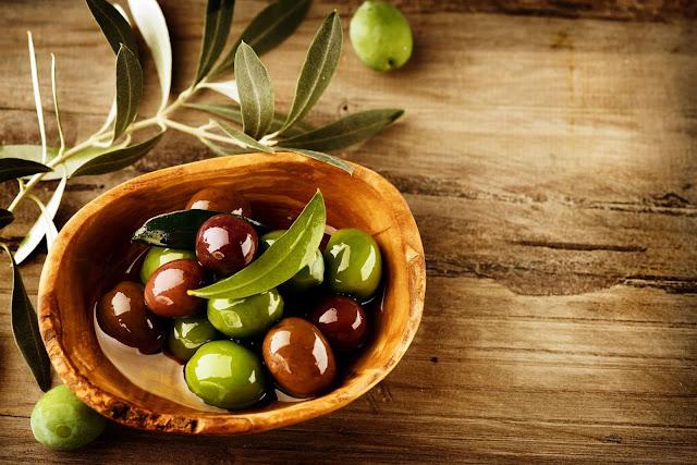 فائدة فوائد الزيتون للشعر والبشرة %D9%81%D9%88%D8%A7%D