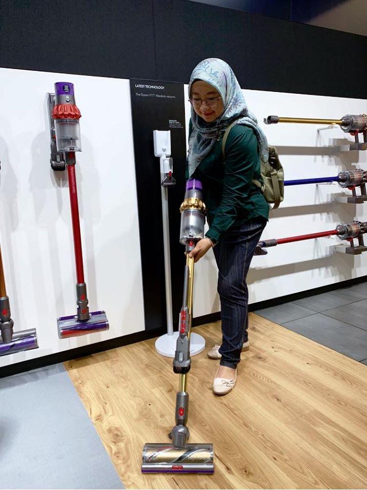 malaysia johor bahru dyson vacuum