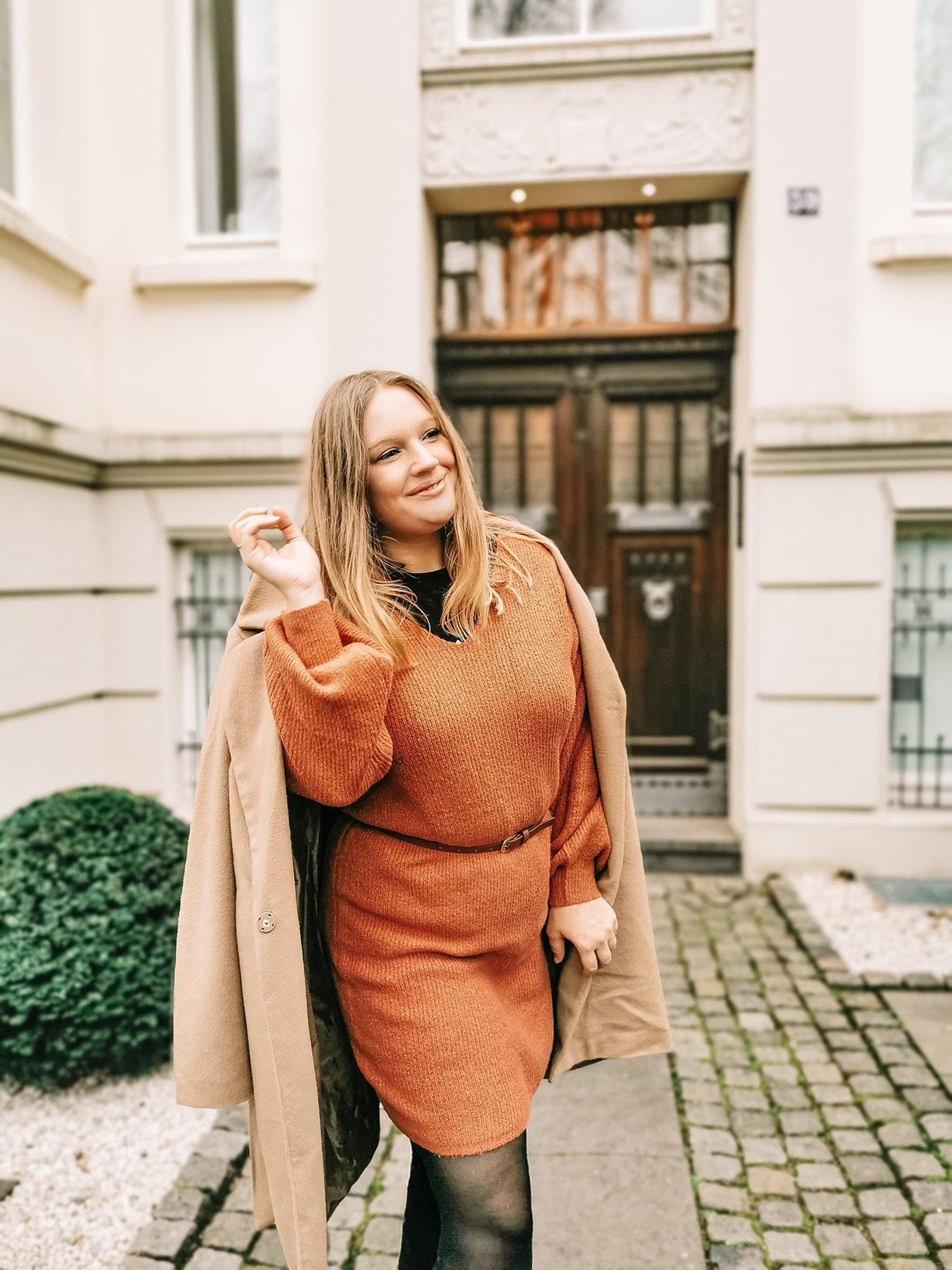 Stylizacja wiosenna - sukienka Bonprix i botki polskiej marki Noe Vision