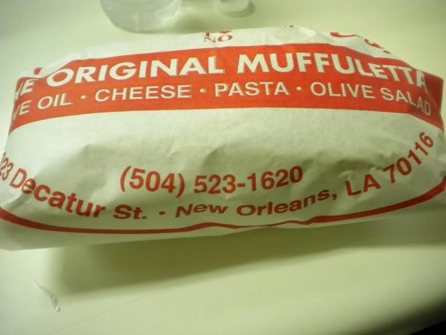 muffuletta leipä katuruoka streetfood new orleans
