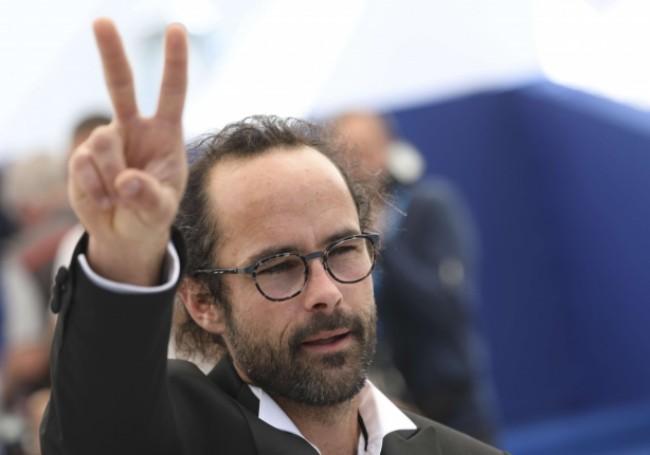 Business illégal «La vermine gauchiste à tous les droits!» : Le passeur de migrants Cédric Herrou relaxé en appel par cette justice laxiste