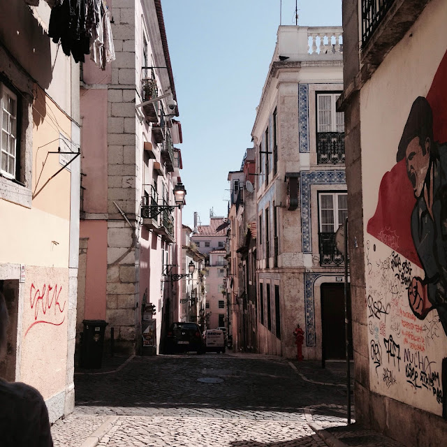 street rues portugal lisboa lisbon color tag art holidays vacances trip voyages