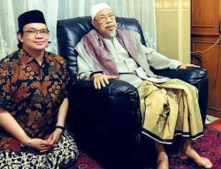 Kiai Tolchah Dapat Izin Imam Ghazali Ngaji Ihya' Kepada Kiai Idris Kamali