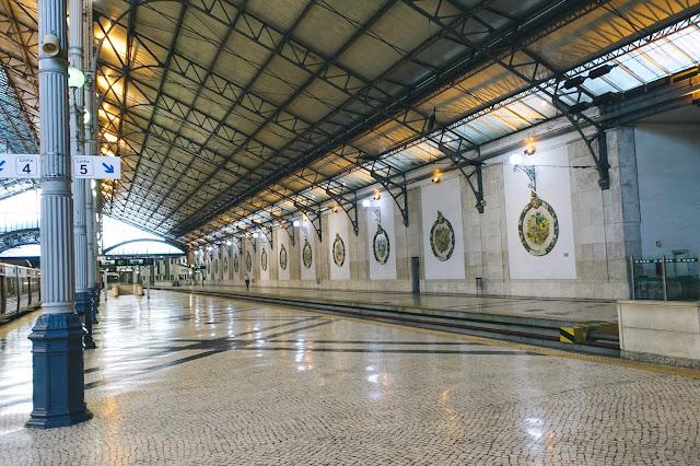 ロシオ駅(Estação Ferroviária do Rossio)