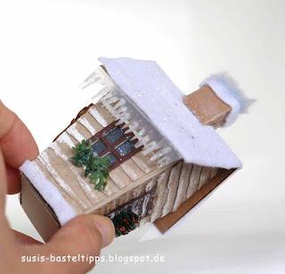 weihnachtliche Blockhütte, haus-verpackung-mit-stampin-up-framelits-zu-hause