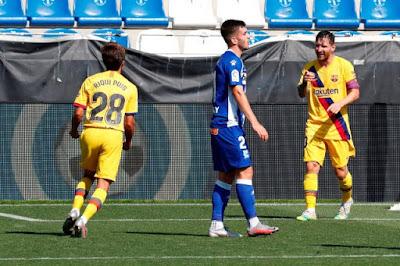 ملخص واهداف مباراة برشلونة والافيس (5-0) في الدوري الاسباني