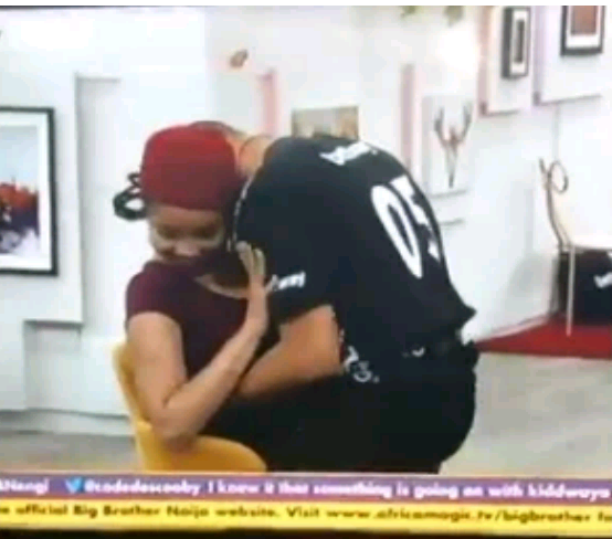#BBNaija: Ozo gives Nnegi an erotic lap dance in front of other housemates (video)