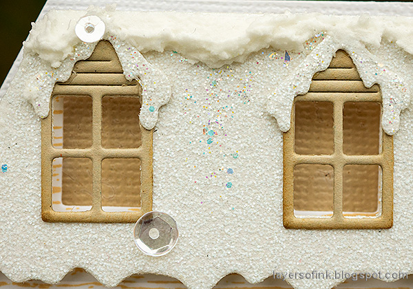 Layers of ink - Winter House Easel Card Tutorial by Anna-Karin Evaldsson. Glittery snow.