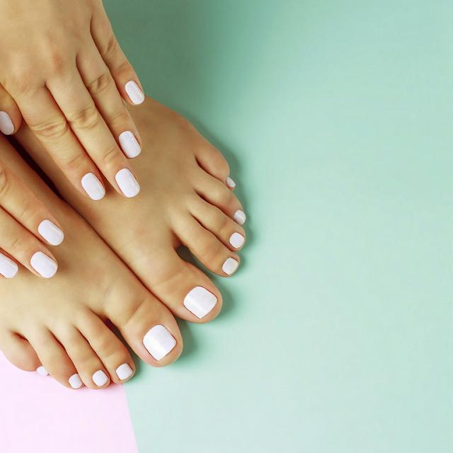 أيادي الأنثى، ب، أبيض، manicure، أيضا، اّقدامي