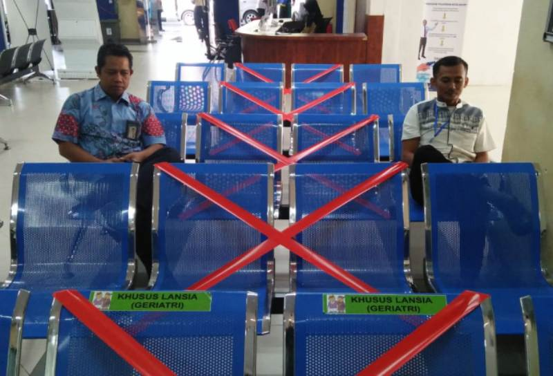 Bandara Hang Nadim dan RS BP Batam Mulai Berlakukan Social Distancing