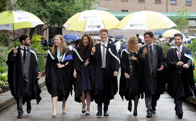 Newcastle University ranked top 10 in the UK for student experience