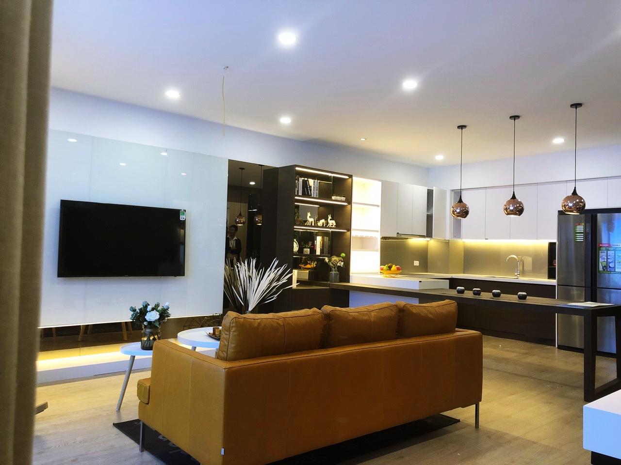 Phòng khách căn hộ mẫu Amber Riverside