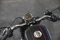 Harley-Davidson Roadster (2016) Instruments