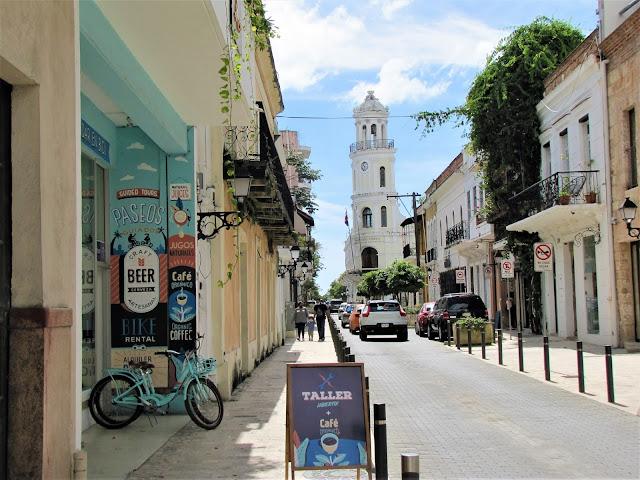 calle el conde  zona colonial santo domingo dominican republic