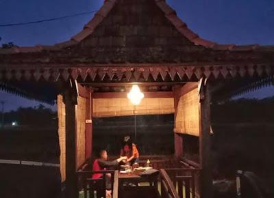 Review-joglo-buk-renteng-sleman