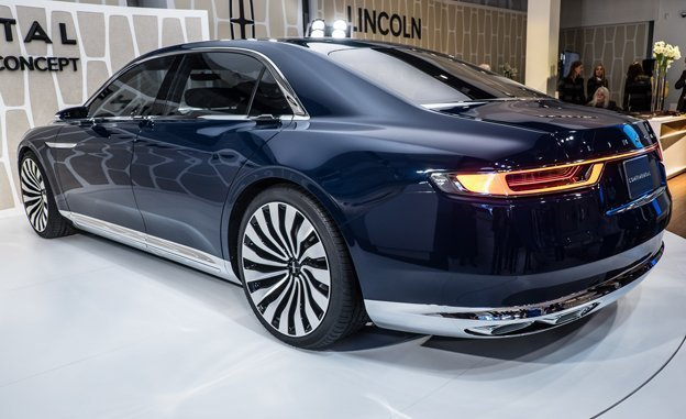 Let's Ride Out: 2017 Lincoln MKZ Spied