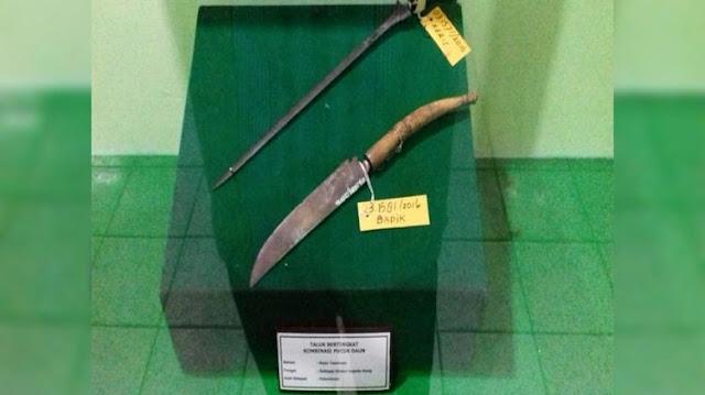 Senjata Badik Koleksi Museum Sang Nila Utama Pekanbaru