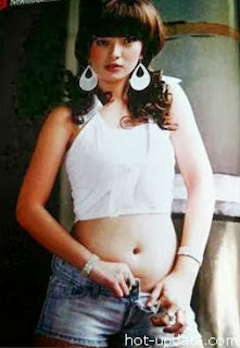 5 Foto Zaskia Gotik di Majalah Dewasa HOT yang beredar - hotupdate.com