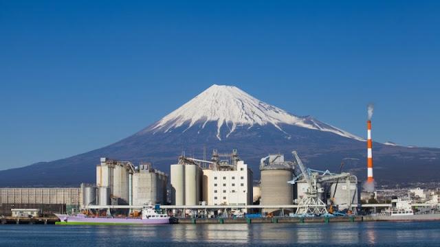 Промышленное производство в Японии медленно восстанавливается