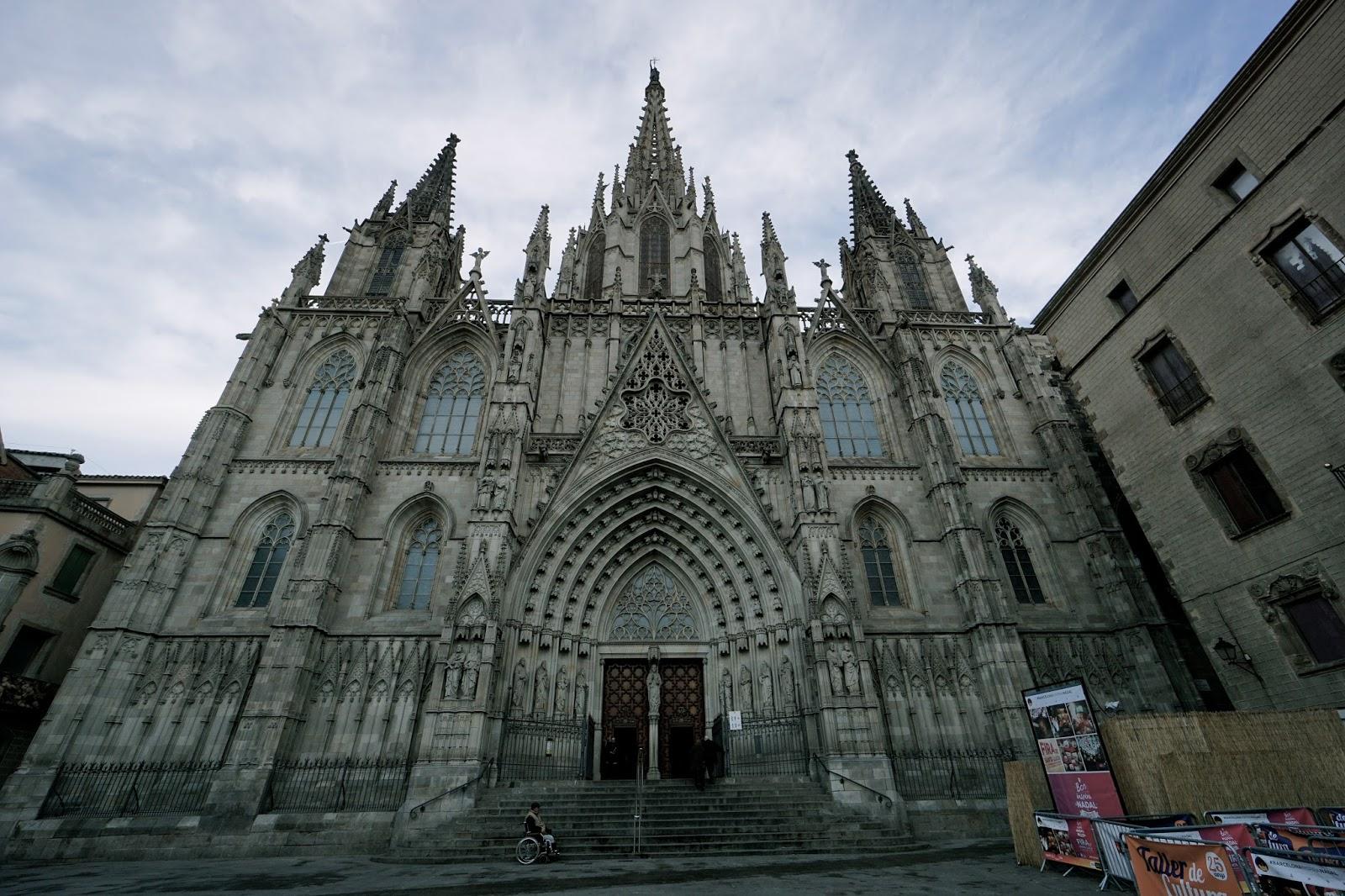 サンタ・クレウ・イ・サンタ・エウラリア大聖堂(バルセロナ大聖堂)
