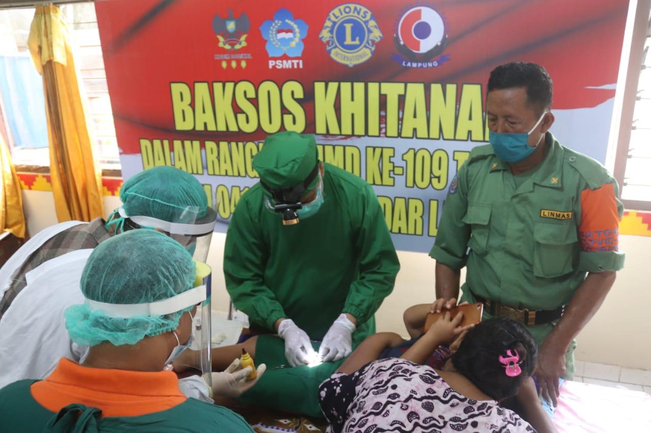 Kodim 0410/KBL menggelar kegiatan Bakti Sosial berupa Khitanan massal yang bertempat di Kantor Kelurahan garuntang