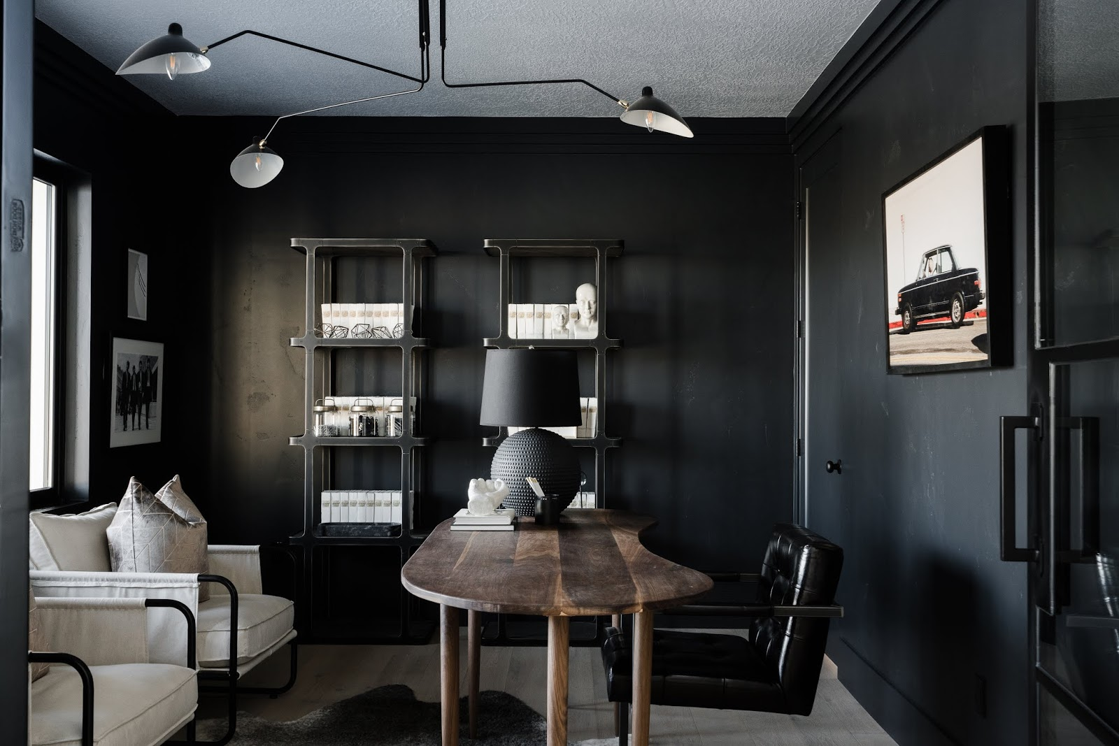 Black Office, Manly Office